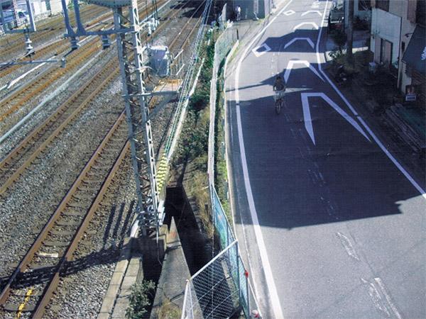 久保橋バス停付近歩道
